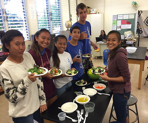 Lahaina Intermediate School Students